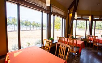 イベントや結婚式など様々な利用OKのレストラン